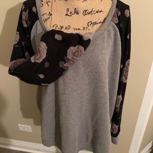 Gray and floral Torrid sweatshirt!😍